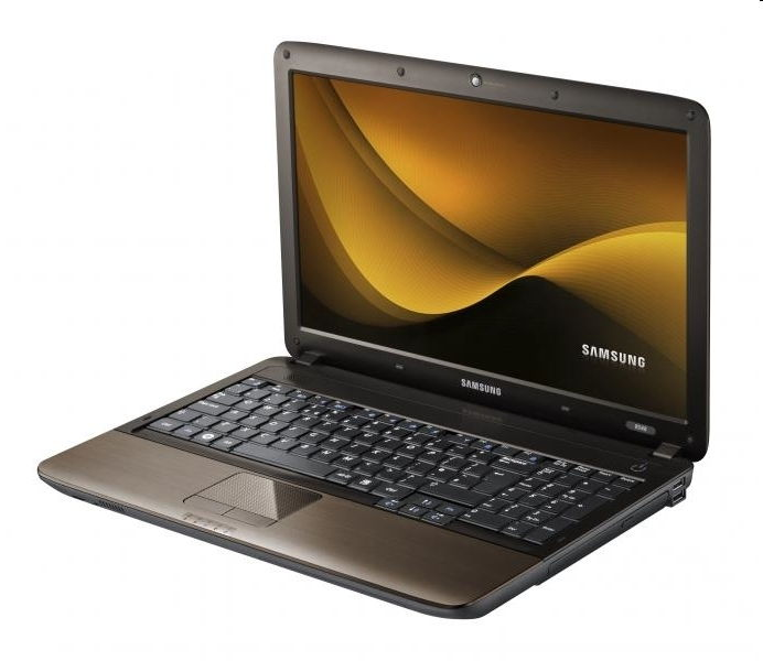 Akció 2011.01.24-ig  Samsung R538 Notebook (15.6 LED HD, Cre i3-370, 2GB, 320GB, Intel 2 év