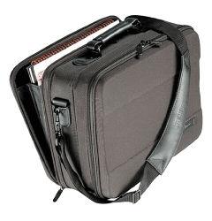 Akció 2011.02.28-ig  Notebook táska Targus Hard-Shell Case Universal 13 -ig (élettartam)